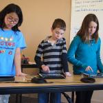 Třetina českých dětí stahuje software z pochybných zdrojů